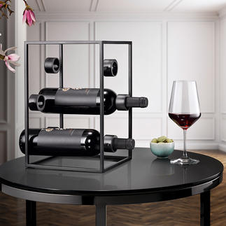 Design Wine Cube Three trends in one: Black steel, purist design, geometric shapes.