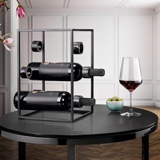 Design Wine Cube Three trends in one: Black steel, purist design, geometric shapes.
