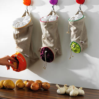Vegetable Bag, Set of 3 The ideal storage space for potatoes, onions, garlic: Protected against light, airy and within reach.