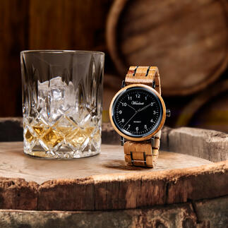 Men's Watch Made From Whisky Barrels The oak from old whisky barrels: Magnificent barrique for an exceptional men's watch.