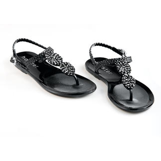 holster Sandals with Rhinestones From beach to bar: The glamorous beach sandals by trendy label holster, Australia.