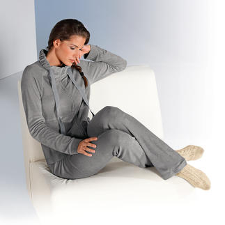 Pluto Fine Terry Cloth Homewear Comfortable on your skin – and a pleasure to look at: Designed by the Belgian lingerie specialist Pluto.