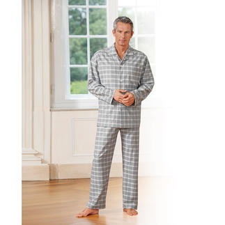 NOVILA Flannel Pyjamas Soft and warm like conventional flannel. But much thinner and lighter.