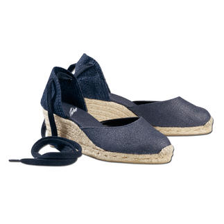 Castañer Espadrilles Light and cool. Typically Spanish.