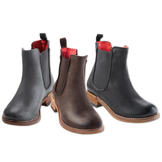 Shoot Chelsea Boot Legendary shape. Soft calfskin. High-end craftsmanship. And an excellent price.