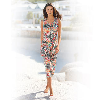 Holiday Dress (without Hip Wrap), Flowers The easy-care holiday dress.