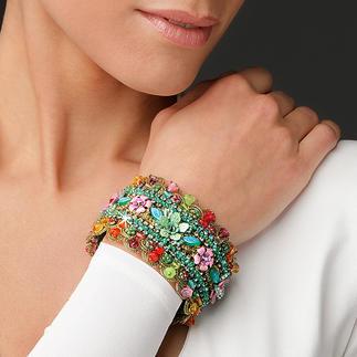 Yaron Morhaim Flower Bracelet Bang on-trend – enchanting floral Victorian-style jewellery.