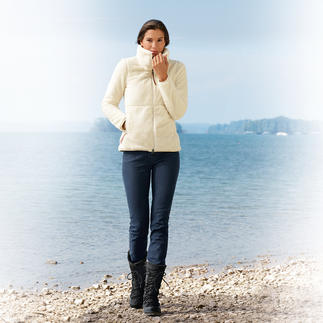 Aigle Teddy Fleece Sweater Fleece can be this trendy. The Aigle jacket with long-pile Teddy fabric.