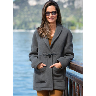 Menil Duffle Coat The classic duffle coat with a modern twist. Traditionally made in Great Britain.