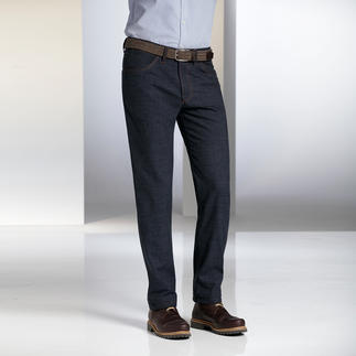 Dimensione Woollen Jeans As soft and as warm as woollen trousers. As crisp and casual as a pair of jeans.