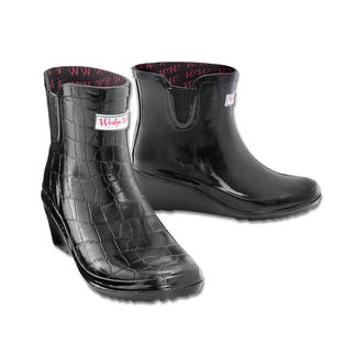 Wedge Welly Chelsea Boots World first: Chelsea Boots with a patented wedge heel.