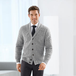 Johnstons Shawl Collar Cardigan Premium quality since 1797 – with the fashion appeal of today. Contemporary shawl collar. Narrow cable pattern.