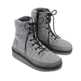 Outdoor Felt Boots Defies snow, slush and puddles. And only weighs 13.7 oz.