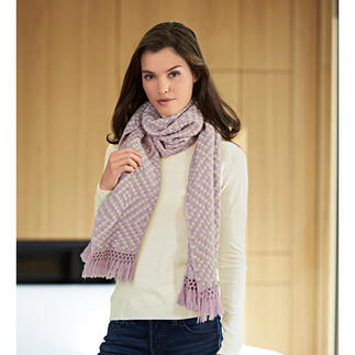 Heartbreaker Woven Cashmere Scarf Instant chic for any outfit. In a 3D weave instead of a plain flat knit.