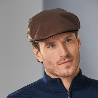 Kangol Sheepskin Flat Cap The luxurious flat cap: In buttery-soft sheepskin. By Kangol®, traditional British manufacturer since 1938.