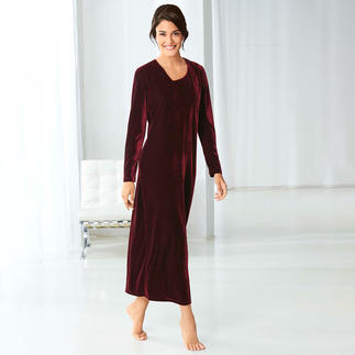 24-Hour Velours Dress Extreme comfort. Outstanding versatility. Pleasantly affordable.