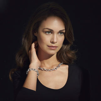 Chain Necklace or Bracelet Elegant version of the popular sterling silver chain necklace, impressive in size and weight.