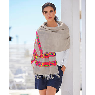 Smitten Embroidered Ethnic Scarf Ethnic scarf with embroidered pattern. Subtle in colour and easy to combine.