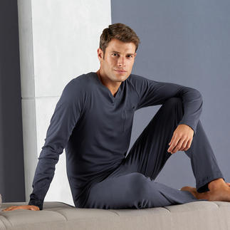 Hanro Sea Island Pyjamas Pure luxury: Pyjamas made from the best type of cotton in the world.