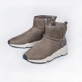 Ash Sheepskin Sneaker Boots 100% fashionable. 100% suited to winter. The sheepskin boots by Ash.