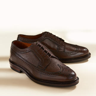Allen Edmonds Scotch Grain Belt or Brogues The weather resistant classic among premium business shoes. By Allen Edmonds/USA.