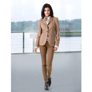Camel Hair Blazer Elegant Italian camel hair fabric. Highly fashionable design and at an affordable price.