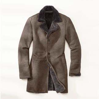 Merino Lambskin Coat Silky soft merino lambskin from Spain. Skilfully fashioned in Turkey. Yet at a surprisingly modest price.