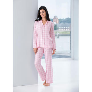 NOVILA Checked Pyjama, Pastel Pink These pyjamas make a good impression in the morning.