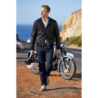 Oconi Lamb Leather Blouson Jacket Finest lamb leather makes this fashionable blouson jacket incredibly soft. And weighs only 550g (19.4 oz).