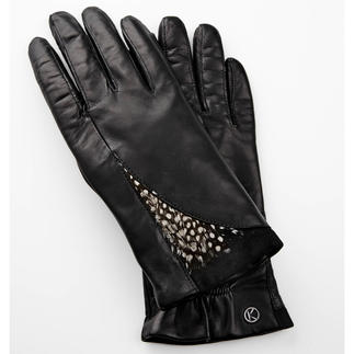 Otto Kessler Feathered Gloves Catwalk trend: Feathers. Particularly beautiful on fine leather gloves. By Otto Kessler-handmade leather gloves.