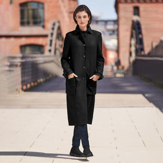 Strenesse classic wool coat The coat classic from yesterday and for tomorrow. Up to date men's style and midi length. By Strenesse.