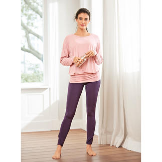 Curare Yoga Flounce Pants, Top and Tank Top Probably the most comfortable leisure suit you will ever own. By Curare Yogawear.