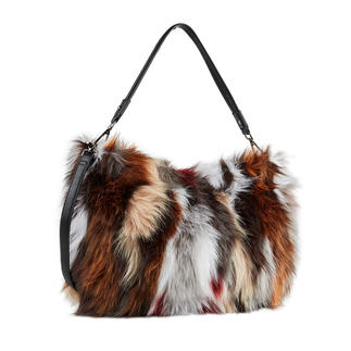 Suri Frey Shaggy Fur Bag The affordable trend bag by Suri Frey: Shaggy fur. Spicy colours. Adjustable carrying straps.