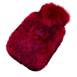 Unechta Hot Water Bottle Covered in luxury faux fur by Düsseldorf fashion label Unechta.