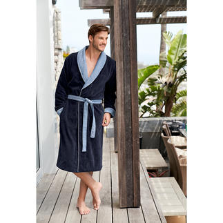 Boss Towelling Bathrobe Fashionable elegance instead of a sporty casual look: Gentleman's bathrobe by Boss.