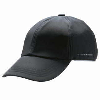 Softshell Cap At last a cap that resists both wind and moisture. Made from warm, breathable softshell.