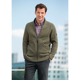 Aigle Thermo tech® Knitted Jacket Classic, elegant knitted look on the outside. A lightweight & gently warming Thermotech® fleece on the inside.