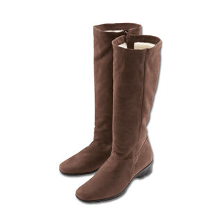 Arcus® Lambskin Boot You really can have it all: A winter boot that's fashionable, versatile and comfy. In finest nubuck leather.