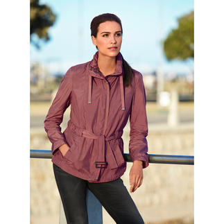 "Geox Women's Functional Jacket ""Breathing System"" In a smart, Italian, slim cut design."