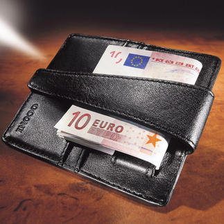 Deep Pocket Wallet Keep your money safe, deep within your trouser pocket.