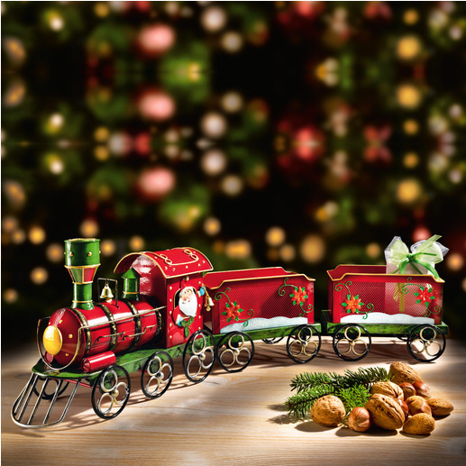 Nostalgic Christmas Train An enchanting decoration – and a beautiful way to hand out your gifts.