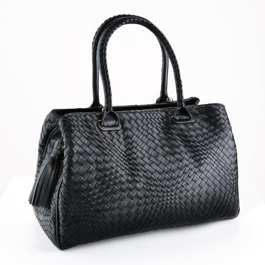 Fontanelli Woven Lamb Nappa Handbag Hand woven and hand sewn. Made from buttery soft lamb nappa. Purse maker's art from Tuscany since 1860.