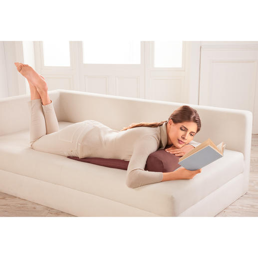 Read in comfort, even while lying on your tummy.