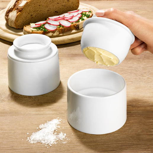 French Butter Dish Maintains the freshness of butter – even at room temperature. Matches all dinner and tablewear.