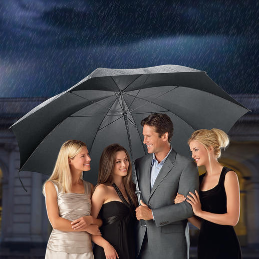 Doorman Umbrella XL Provides shelter from the rain for up to 7 people.Remarkably affordable.