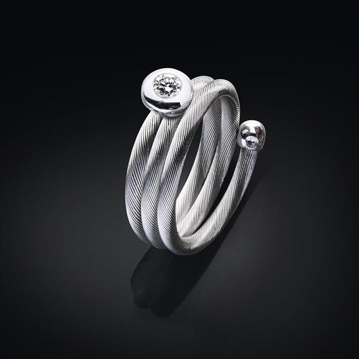 The spiral ring hugs your finger and adjusts to any size.