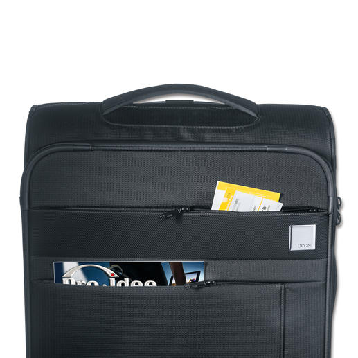 Keep all your important travel documents close at hand in the external zip compartments.