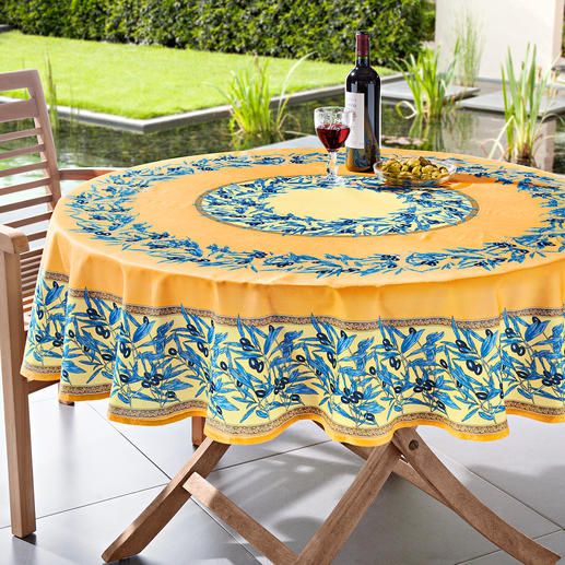 Wipeable Olive Table Linen Typically Provencal: Olive patterned table linen. 100% cotton - but 100% hardwearing.