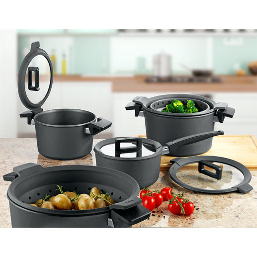 Non-stick Premium Cookware Multiple award winning premium cookware made of hand-cast aluminium with diamond seal and clever lid.