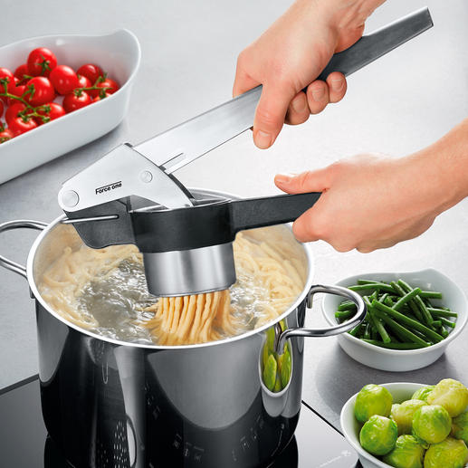 Professional Potato Ricer Force One Premium potato ricer – lighter, quicker, cleaner.